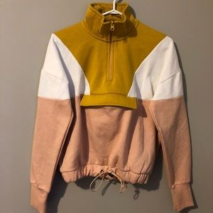 🌸Colour Block Pull Over Jacket